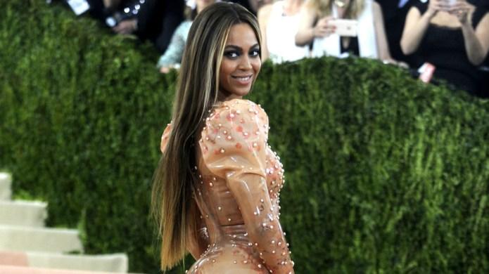 Beyoncé partied the night away alone