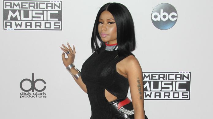 Nicki Minaj goes pantless for her