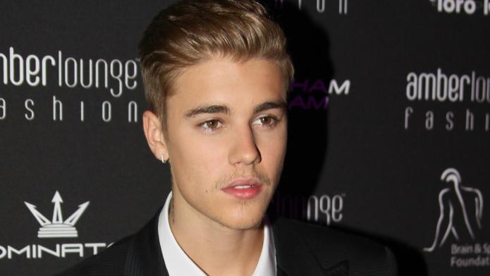 Justin Bieber bolts from car crash