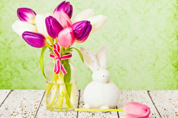 Decorating Diva: Ease into Easter with