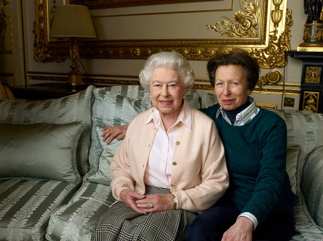 Queen and Princess Royal photographed by Annie Leibovitz
