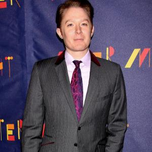 Clay Aiken leading race for North