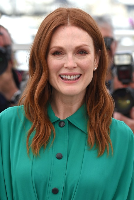 Celebrities Who are Honest About Aging: Julianne Moore, 56 years old