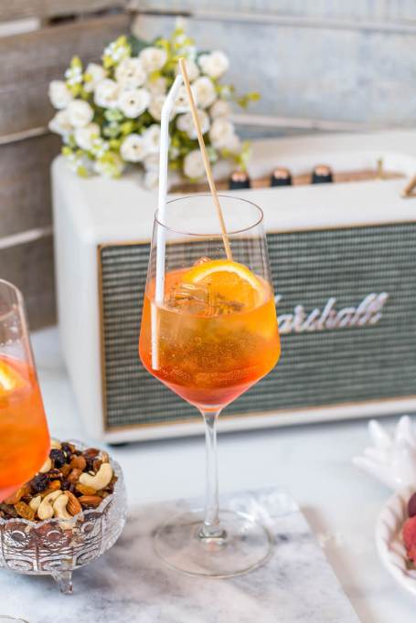 Summer cocktail recipe: The cocktail of the summer, the aperol spritz is an easy 3-ingredient cocktail that is oh so refreshing.