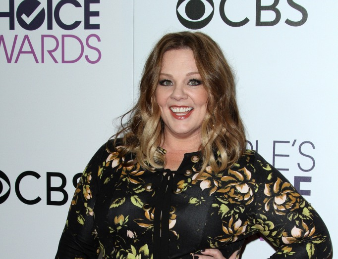 Melissa McCarthy attends the 2017 People's Choice Awards