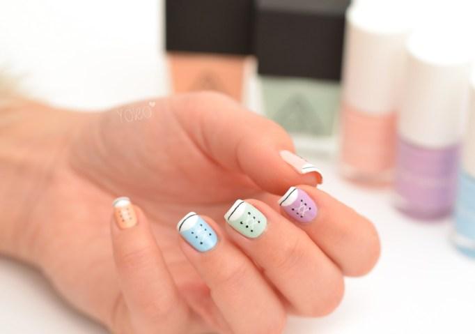 Nail art kids pastel Converse