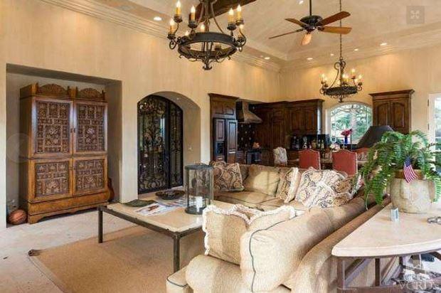 Britney's pool house interior