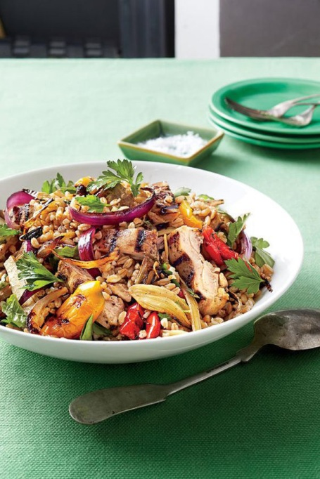 50 Easy Summer Salads: Chicken, Farro, And Vegetable Salad With Lemon Vinaigrette | Summer Eats