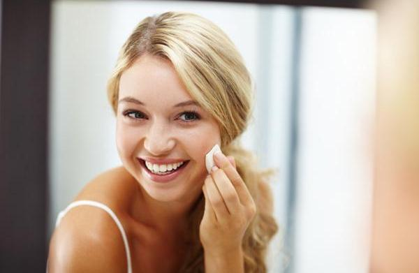 Foundation face-off: Understanding face foundation options