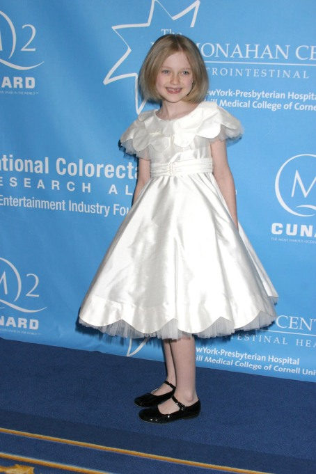 Dakota Fanning at the Hollywood Hits Broadway Fundraiser