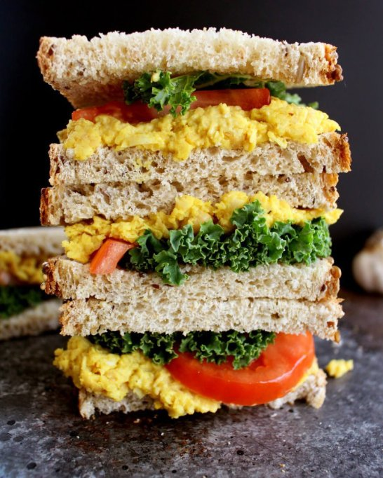 Sandwiches and Wraps for a Healthy Lunch | Easy Turmeric Chickpea Salad Sandwich
