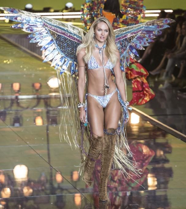2015 Victoria's Secret Fashion Show Candice Swanepoel