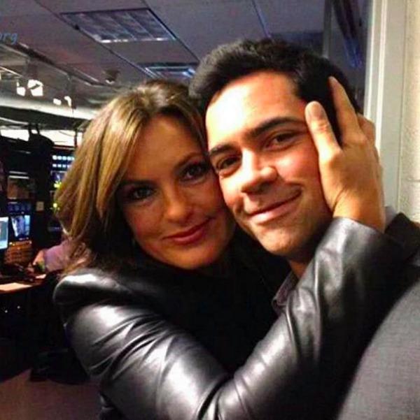 Danny Pino and Mariska Hargitay pose for selfie