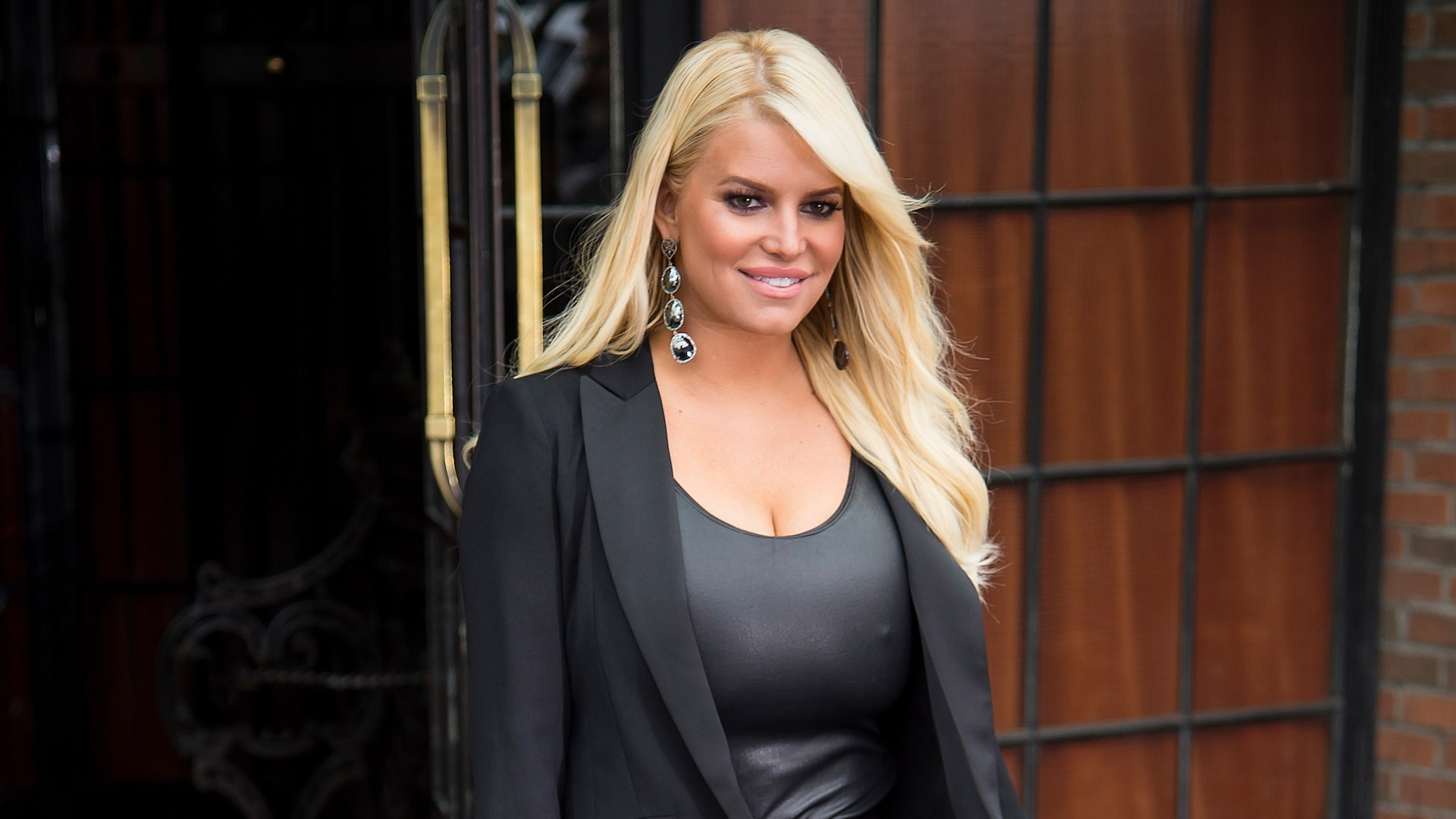 ab74f193f4 Jessica Simpson Was Unfairly Targeted on Instagram — Again – SheKnows