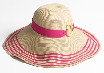 10 Things to wear to the beach this summer – SheKnows fe680792d17