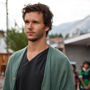 EXCLUSIVE: Ryan Kwanten talks dishwashers… and