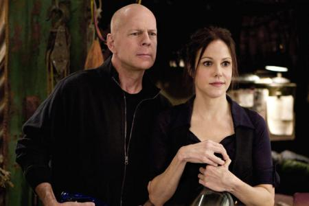 Bruce Willis and Mary Louise Parker in Red