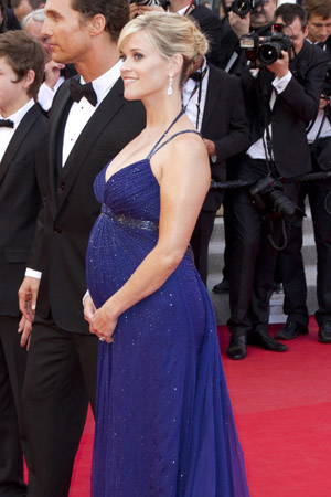 Reese Witherspoon talks about pregnancy