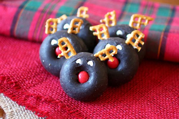 reindeer doughnut bites