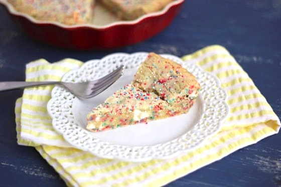 confetti cookie pie
