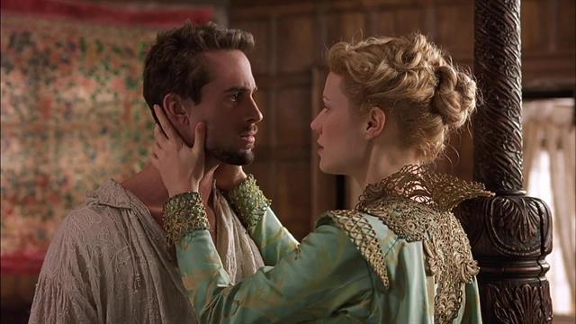 Joseph Fiennes & Gwyneth Paltrow in Shakespeare In Love