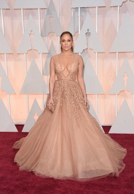 Jennifer Lopez at 2015 Oscars
