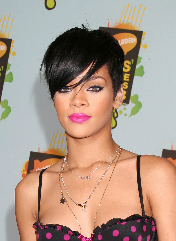 Rihanna's pixie cut