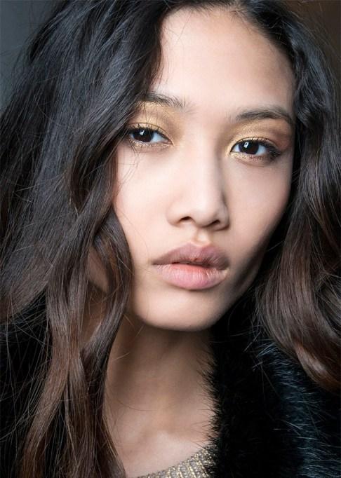 30 Summer Makeup Ideas: Golden Smokey Eye