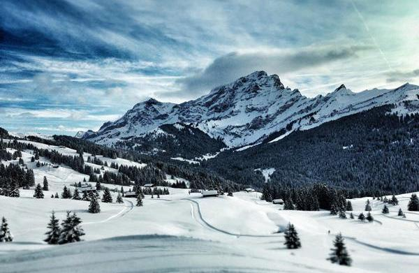 5 Locations for pre-season skiing