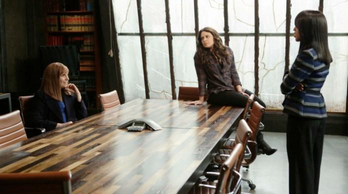 Lena Dunham and Olivia Pope go