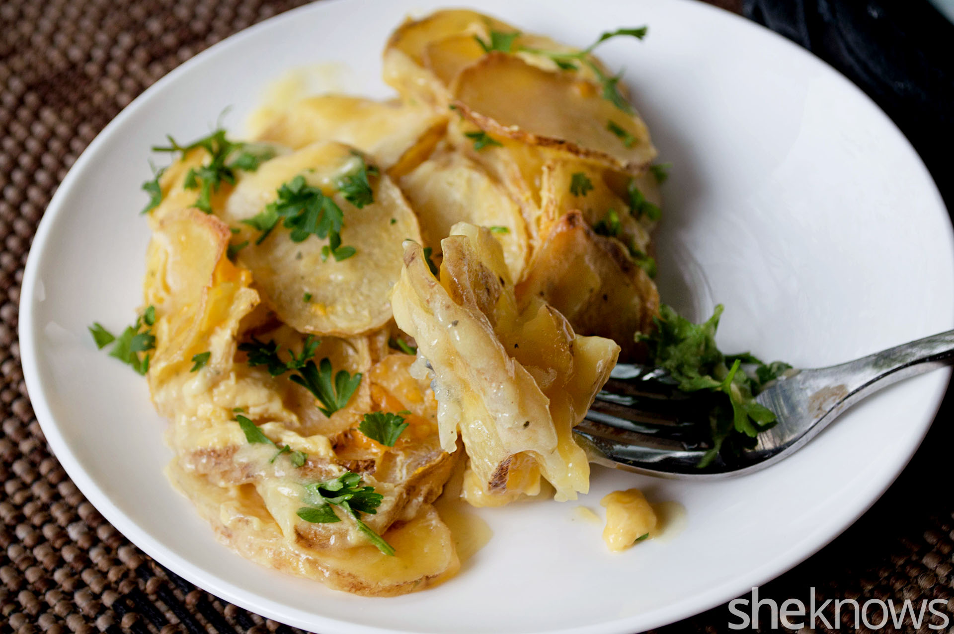 rosted garlic scalloped potatoes