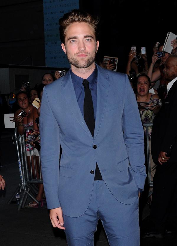 robert pattinson glamour sexiest man
