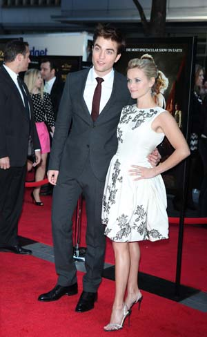 Reese Witherspoon and Robert Pattinson at the Water for Elephants premiere
