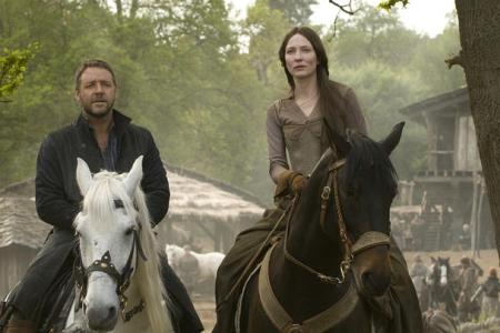 Robin Hood stars Russell Crowe and Cate Blanchett
