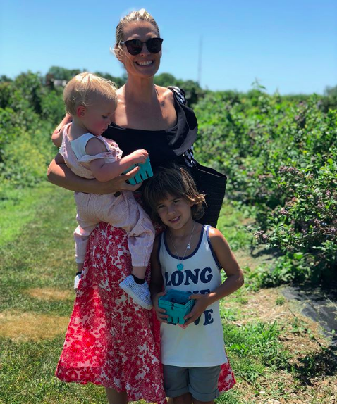 Molly Sims and family on Instagram