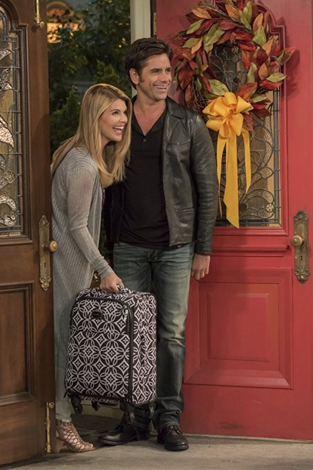 Thanksgiving movies & TV shows to stream on Netflix: 'Fuller House'