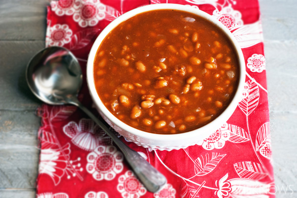 Easy slow-cooker root beer-baked beans