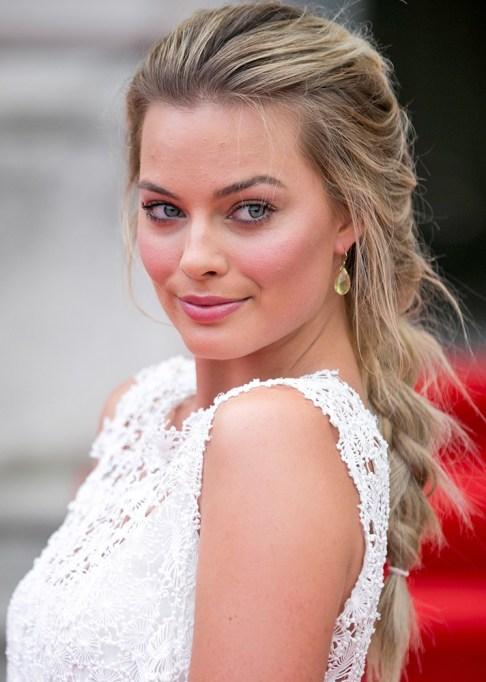 Best Celebrity French Braids: Margot Robbie's Messy French Braid | Celeb Hairstyles 2017
