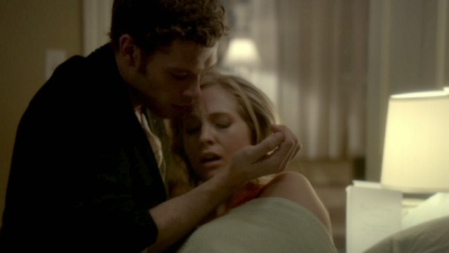 16 'Vampire Diaries' Klaroline moments that are swoon-worthy – SheKnows