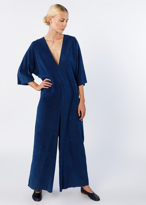 Best jumpsuits for the summer-to-fall transition: Muse Jumpsuit in Dark Indigo | Fall Fashion 2017