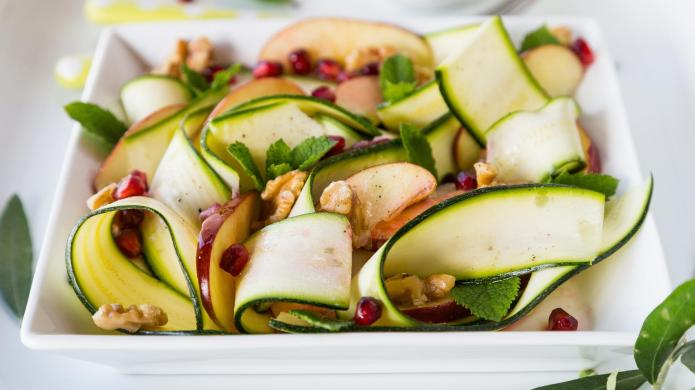 Light and healthy raw zucchini, apple