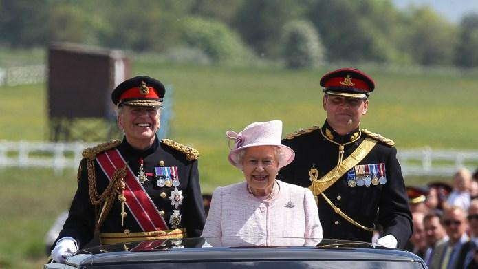 Queen Elizabeth & her Corgis outdid
