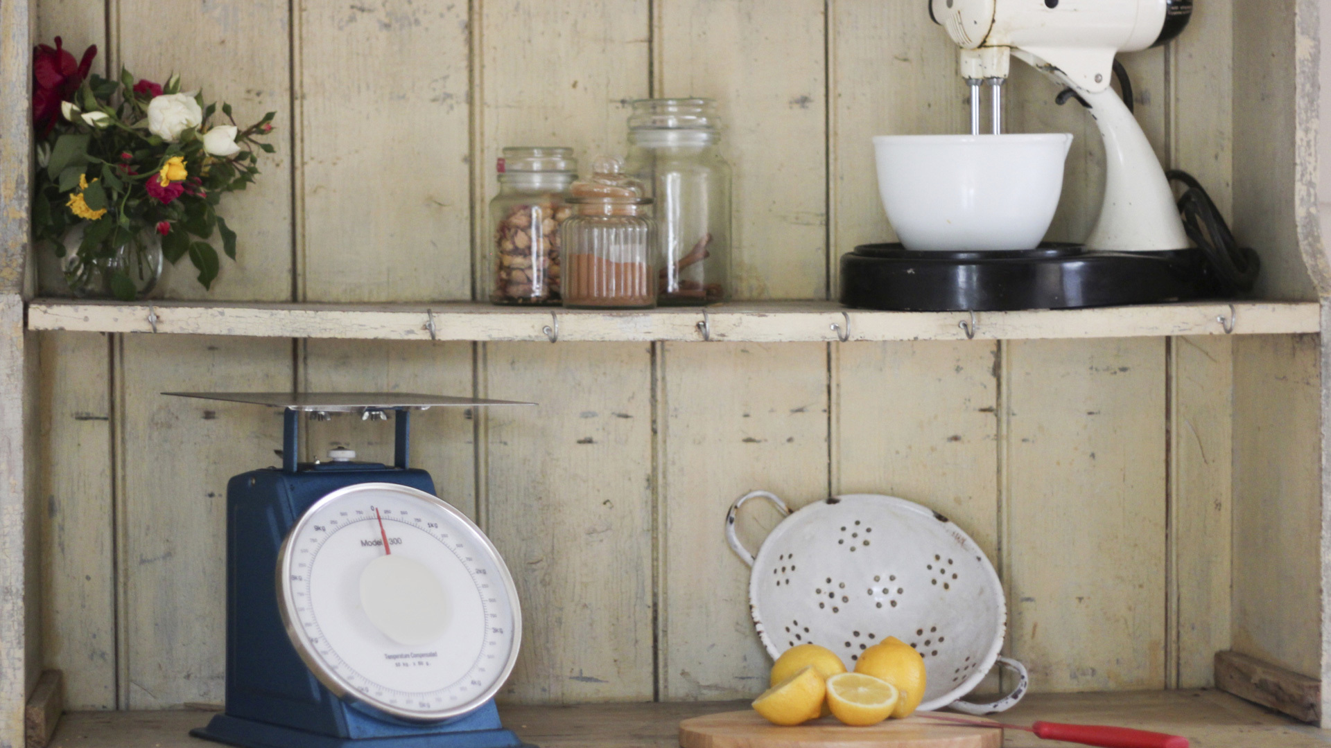 Easy ways to add farmhouse charm to your kitchen when you're