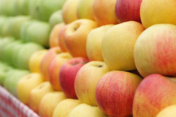 """10 Most """"green"""" fruits and veggies"""