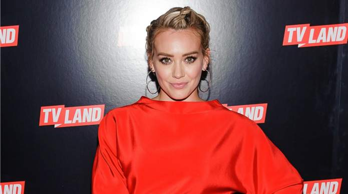Hilary Duff moves on from super-hot