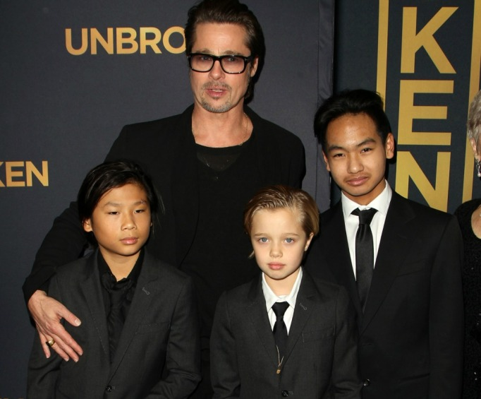 Brad Pitt with his kids