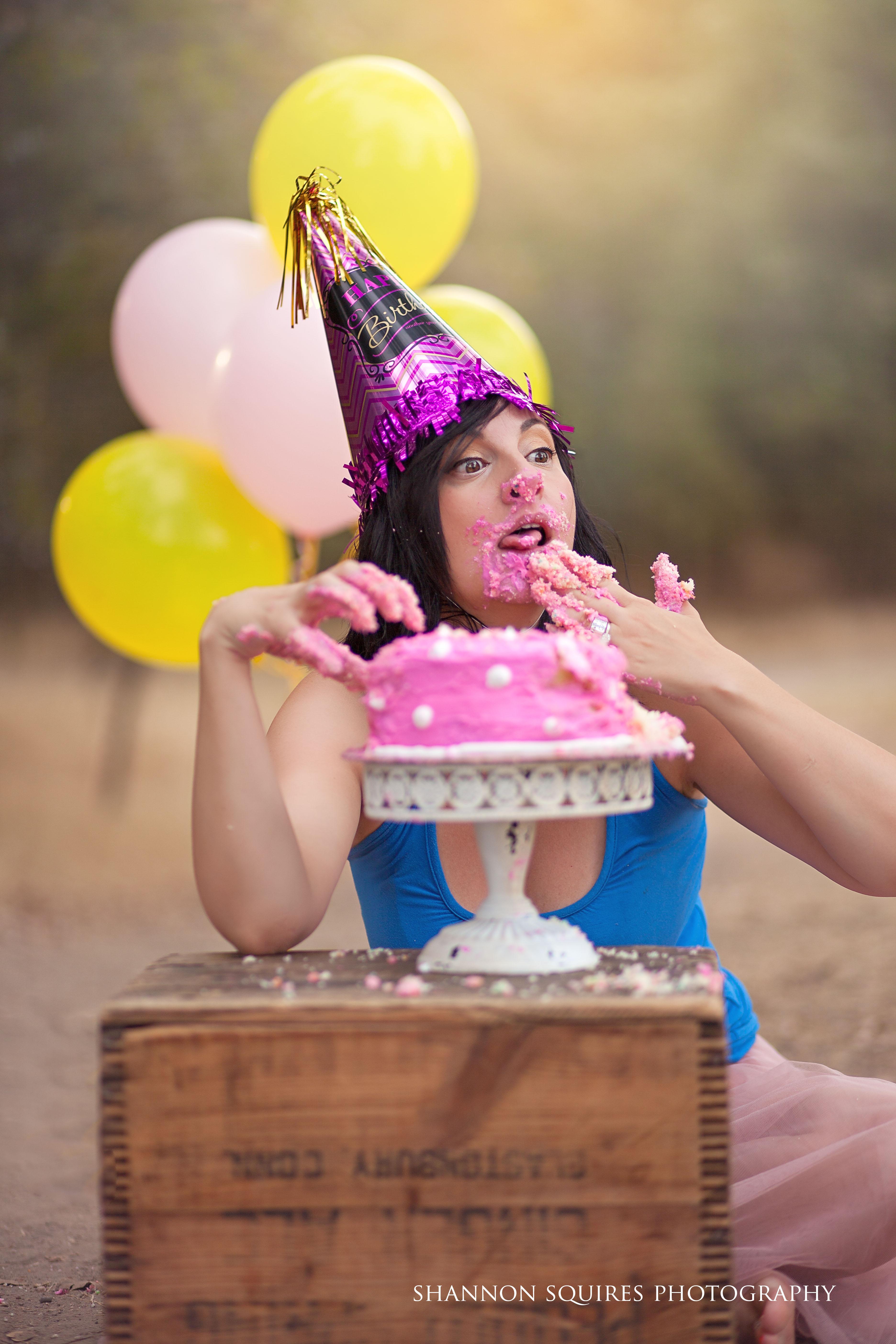 cake-smash-adult-newborn