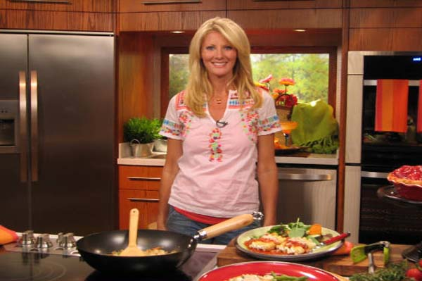 Sandra Lee didn't write her own recipes