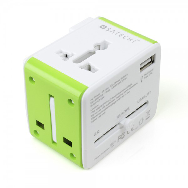 Satechi Smart Travel Router and Adapter | Sheknows.ca