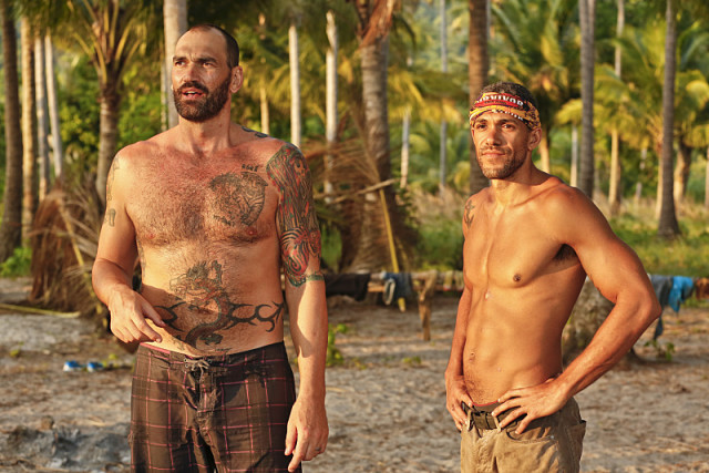 Scot Pollard and Peter Baggenstos at Gondol tribe's beach on Survivor: Kaoh Rong
